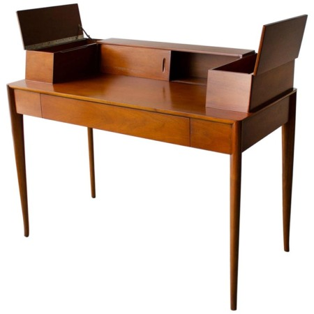 T.H. Robsjohn Gibbings Desk for Widdicomb in Mahogany with Sabre Legs 1950s